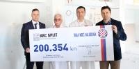 HNK Hajduk predao donacijski ček Odjelu neurokirurgije splitskog KBC-a