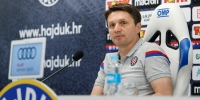Konferencija za novinare trenera Oreščanina uoči utakmice s Interom