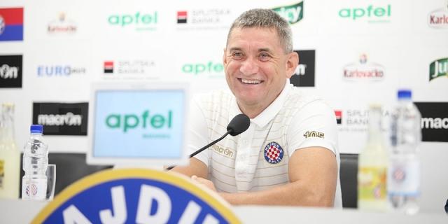 Trener Marijan Pušnik najavio je dvoboj protiv Istre 1961...