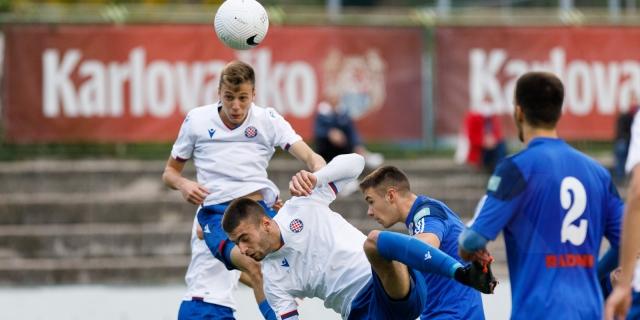 Pobjeda juniora Hajduka protiv seniora Jadrana LP