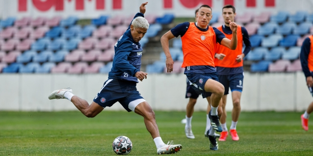 Bijeli započeli pripreme za utakmicu protiv Osijeka