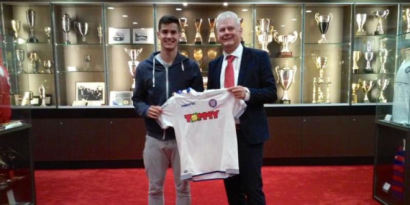 Hajduk potpisao ugovor sa Franom Vojkovićem