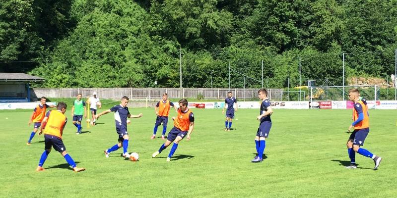 Bijelima se u Sloveniji priključuju trojica igrača