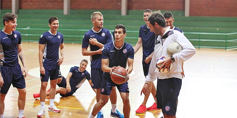 Hajdukovci u Vinkovcima odradili aktivacijski trening