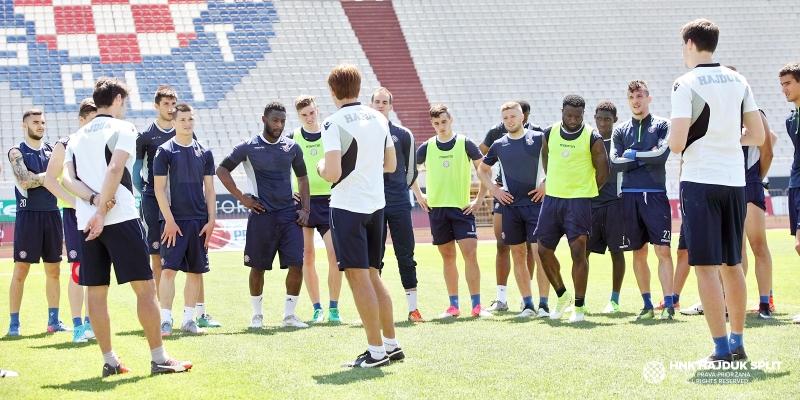 Startaju ljetne pripreme: Tri nova igrača na popisu trenera Carrilla