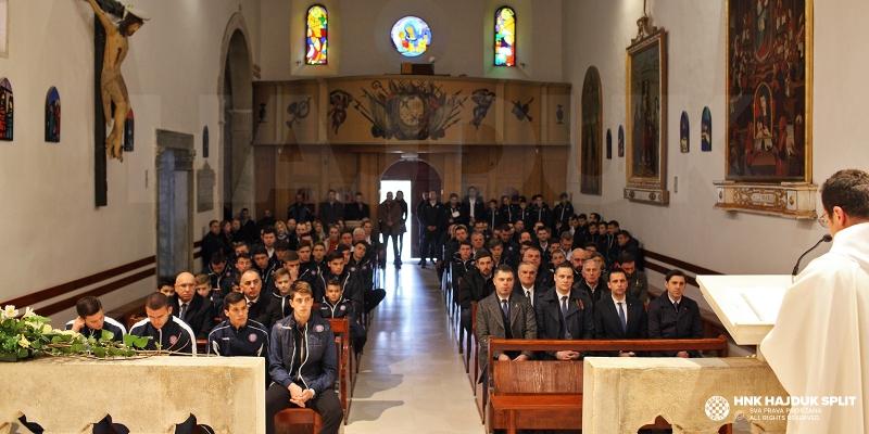 Obilježavanje 107. rođendana: Održana misa na Poljudu, položeni vijenci na poljudskom sjeveru