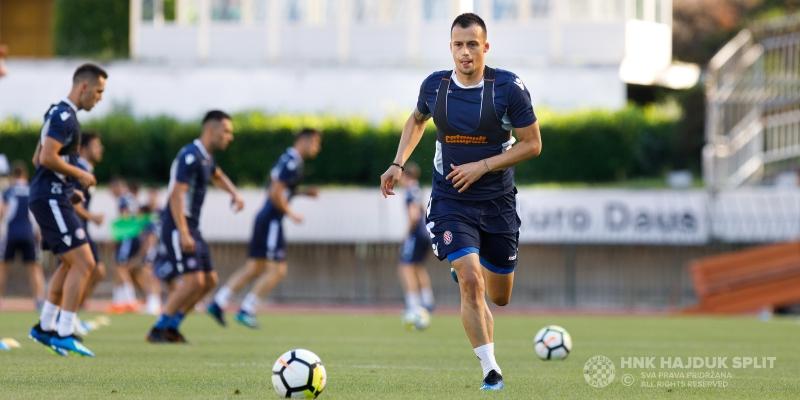 Krenulo je: Treningom na glavnom travnjaku Poljuda započele pripreme za novu sezonu