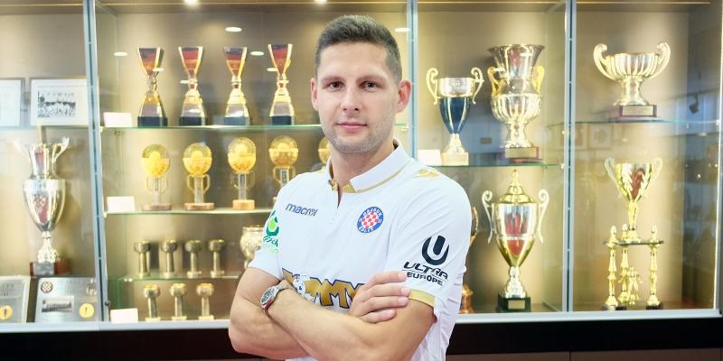 Stipe Vučur has signed for Hajduk!