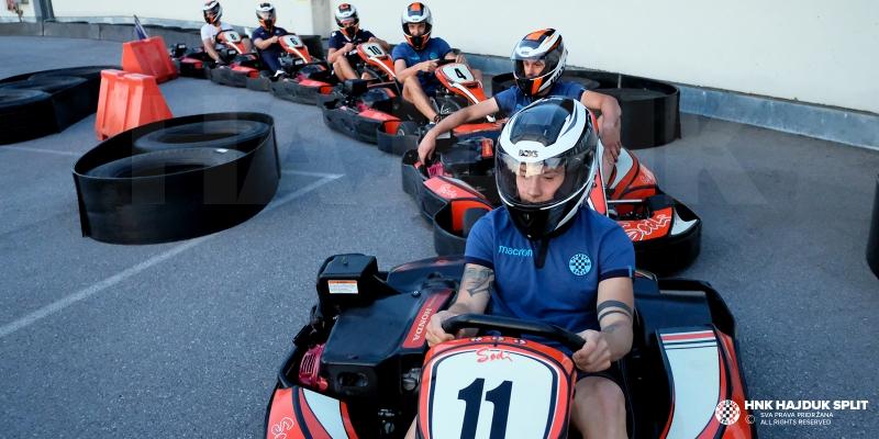Iznenađenje poslije napornog dana: ''Idemo voziti karting''