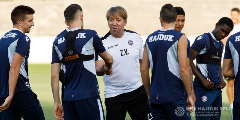 Trener Vulić i njegovi suradnici poveli hajdukovce na prvi trening