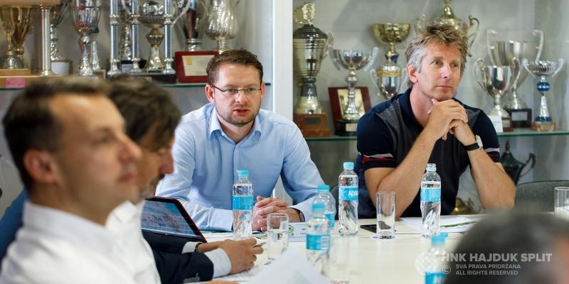 Započela Glavna skupština ECA-e, legendarni Edwin van der Sar na Poljudu