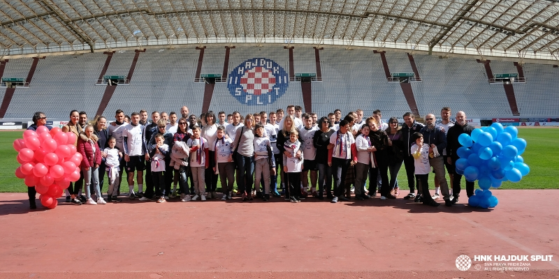 Hajdukovci na Poljudu ugostili polaznike Centra za autizam Split