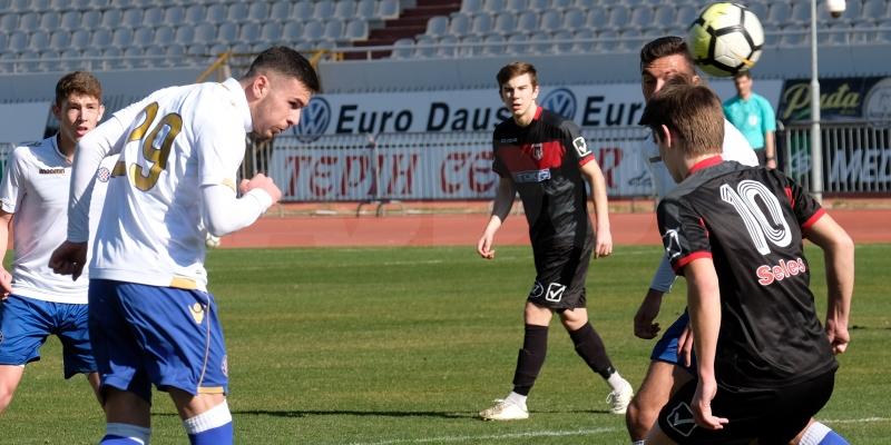 Juniori poraženi u Varaždinu nakon vodstva od 3:1 i dva skrivljena jedanaesterca
