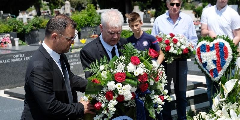 Položeni vijenci na grobnicu Jurice Jerkovića