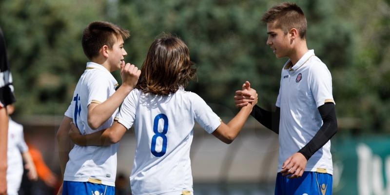 Mlađi pioniri u Omišu igraju za naslov prvaka