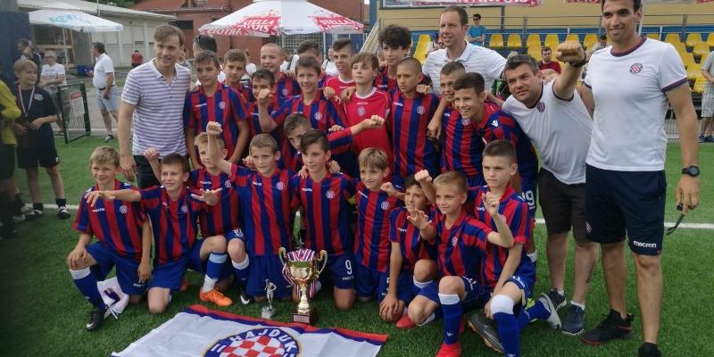 Mlađi pioniri osvojili turnir u Zagrebu, početnici II pobjednici Crikvenica Cupa