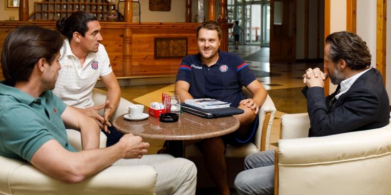 Dopredsjednik Jakobušić i sportski direktor Bjelanović posjetili drugu momčad na Kupresu