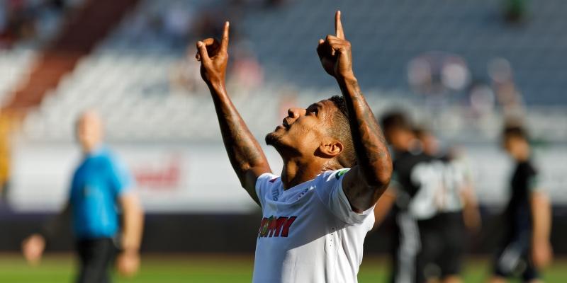 Jairo: We are working hard and we hope to continue this winning streak