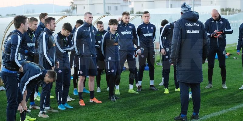 Mujakić odradio prvi trening s Bijelima