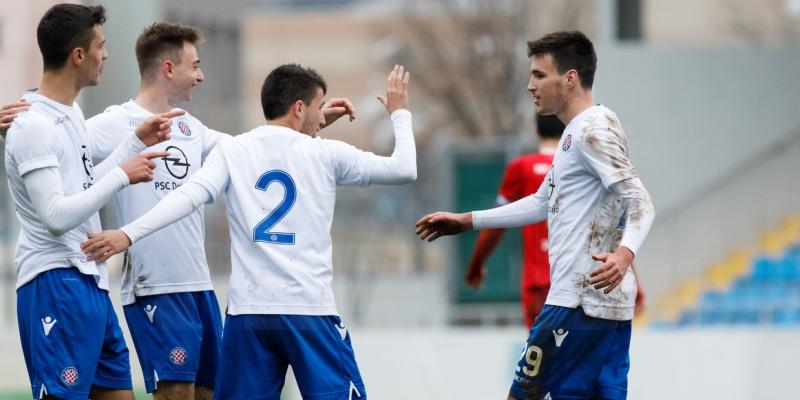 Pobjeda Hajduka II protiv Junaka na oproštaju Relote