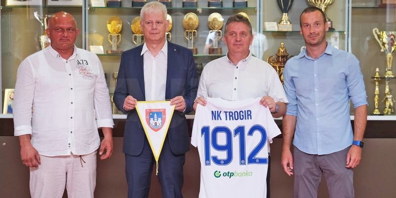 HNK Hajduk i NK Trogir 1912 potpisali ugovor o sportsko-poslovnoj suradnji