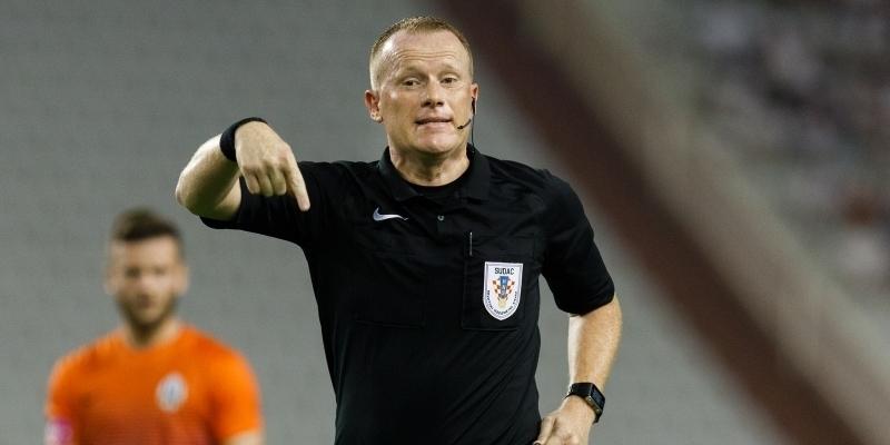 Damir Batinić sudi utakmicu Hajduk - Rijeka