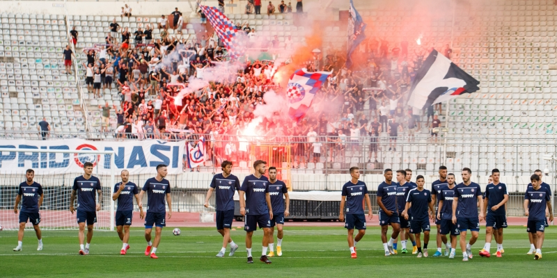 Iznenađenje na treningu Bijelih: Torcida podržala igrače uoči derbija s Dinamom
