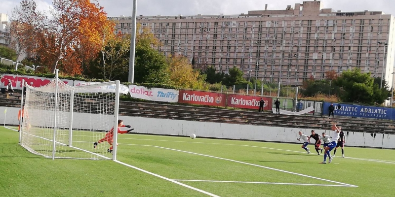 Pobjeda juniora Bijelih protiv Lokomotive