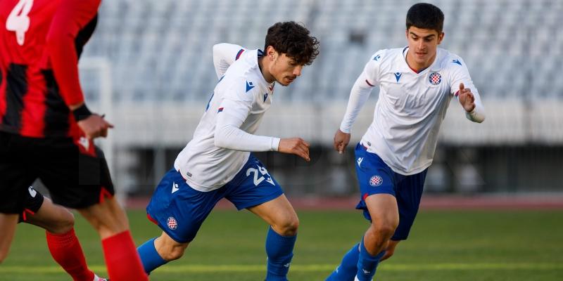 Hajduk II u petak igra protiv Dubrave Tim Kabel u Kustošiji